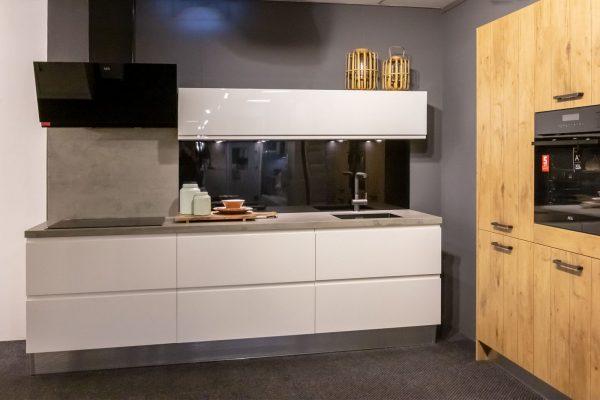 Greeploze design keuken wit hoogglans
