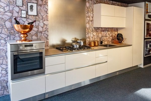 Greeploze keuken wit hoogglans